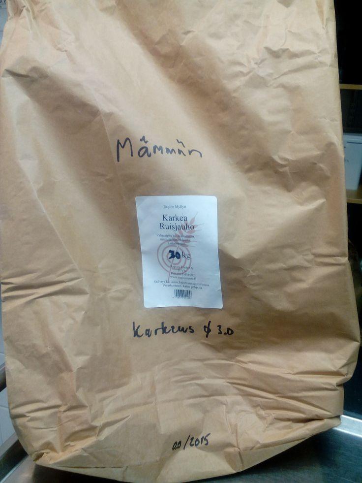 Rapion myllyn ruisjauhoja tulee mämmiin 30 kg.