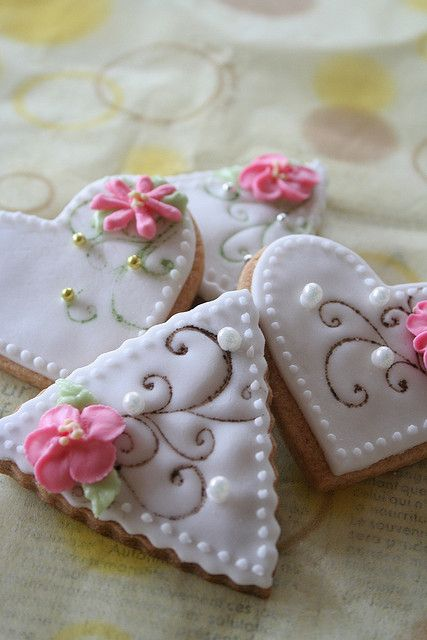 Heart and flower cookies