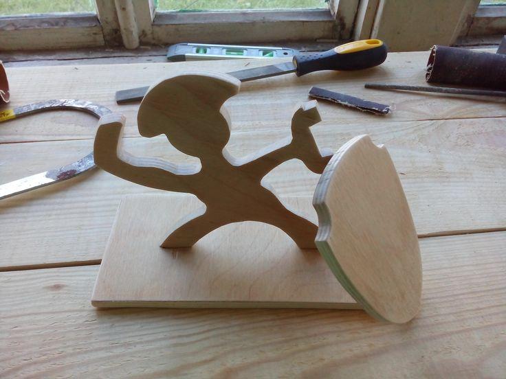 Будущая подставка для ножей, думаю через неделю будет готова.  #Handmade #фанера #лобзик #подставка для ножей