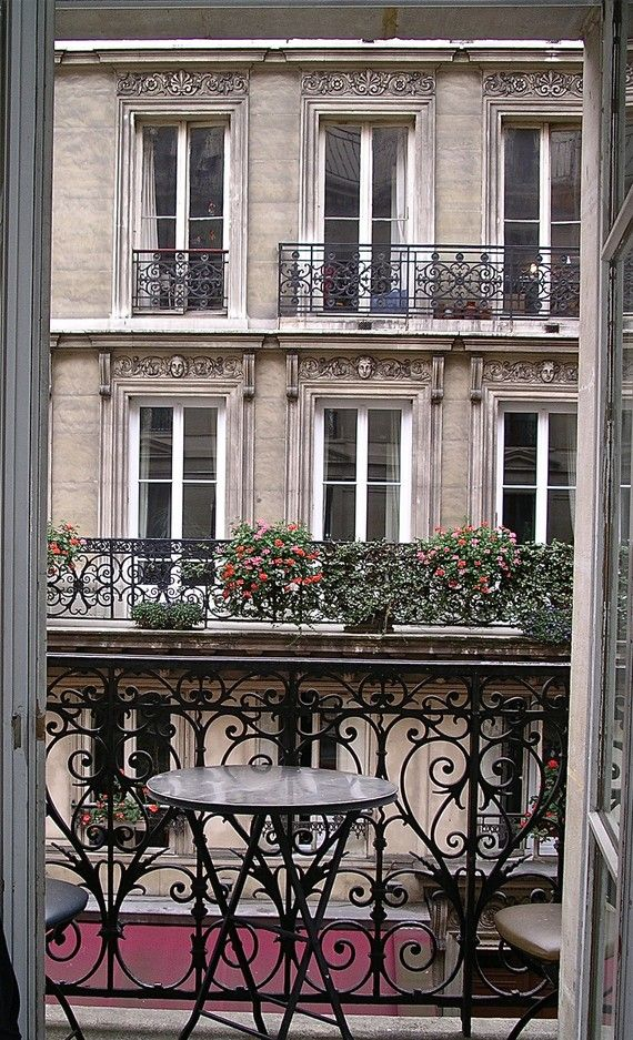 I sat on a little balcony just like this in Paris 5 years ago. It was heaven!