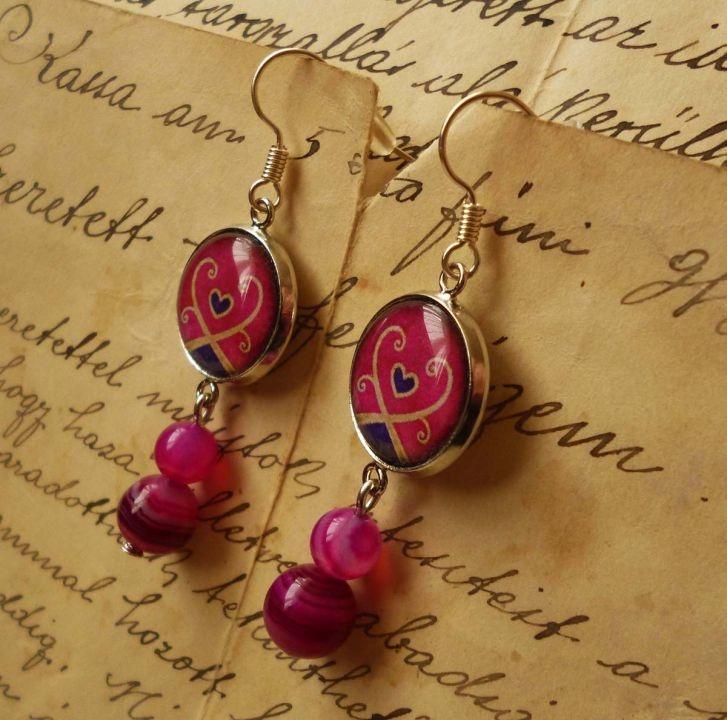 Pink Earring by http://www.breslo.hu/item/Egyedi-tervezesu-mintaval-keszult-fulbevalo-pink-achattal_2824#