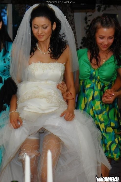 Here Comes The Naked Bride Gallery Opps Showing A Little