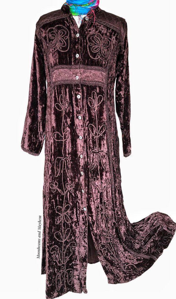Exquisite Long Chestnut Brown Velvet Anya Dress Uk Size 14 Us Size 12 Dresses Uk Dresses Kimono Fashion