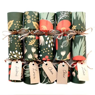 Make Your Own Gorgeous Christmas Crackers - easy instructions to follow and they work!!