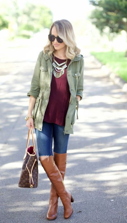 maroon-sweater-with-cargo-jacket- Fall burgundy outfit ideas http://www.justtrendygirls.com/fall-burgundy-outfit-ideas/