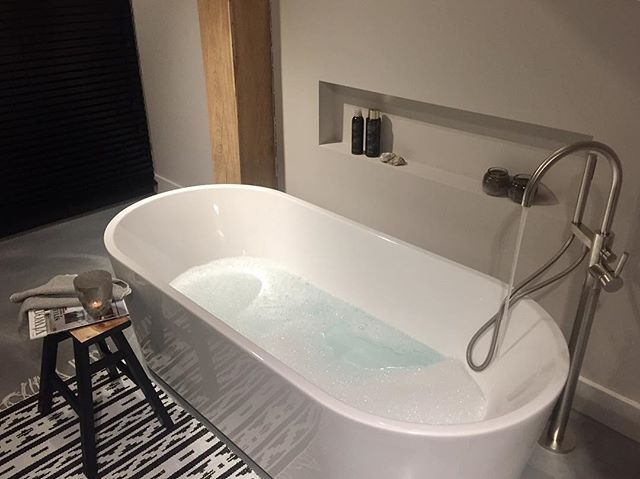 •METIME• Good Night ✨ ➖➖➖➖➖➖➖➖➖➖➖➖➖ #interior #interiør #interiör #interiørmagasinet #vtwonenbijmijthuis#interior123 #interior4all #interior2you  #ilovemyinterior #myhome #instahome #scandinavianstyle #scandinavianinterior #scandinaviandesign #nordichome #badezimmer #salledebain #nordicinterior #bathroom #housedoctor #boligmagasinet #bath #interiores #interiordecor #binnenkijken #bloosz