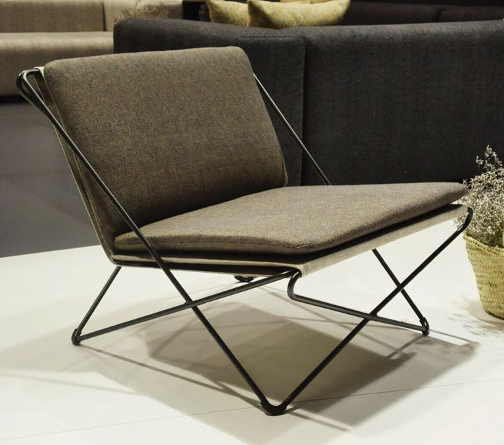 Senyora Collection, designed by Andreu Carulla. This is Senyora Pepa armchair.