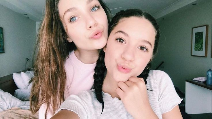 "yourdecadentdarling: ""chandelierdancer: ""kenzieziegler: ily mads "" I hope that this year 2017 this fandom stops over analyzing the relationship of Maddie and Mackenzie for what they saw in Dance moms and try to understand that yeah they are sisters,..."