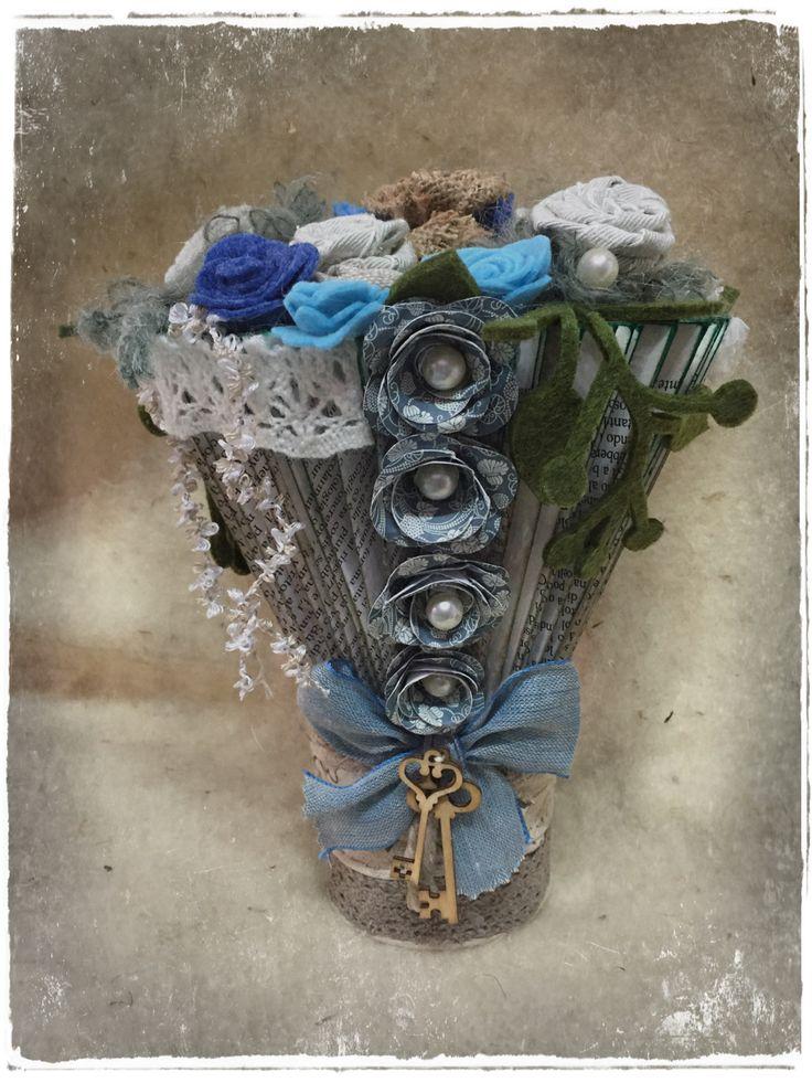 vase book folding