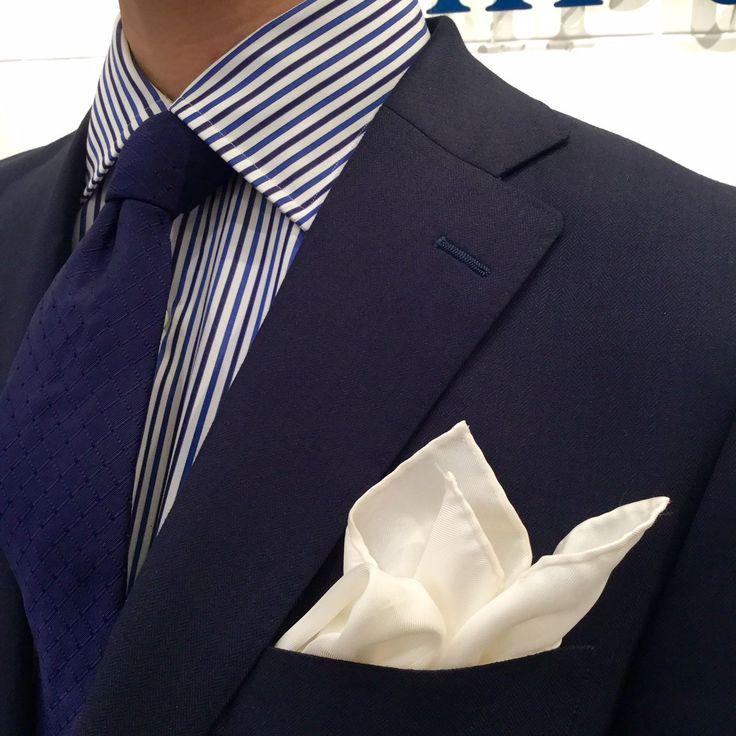 紺と白の爽やか鎌倉シャツコーデ!