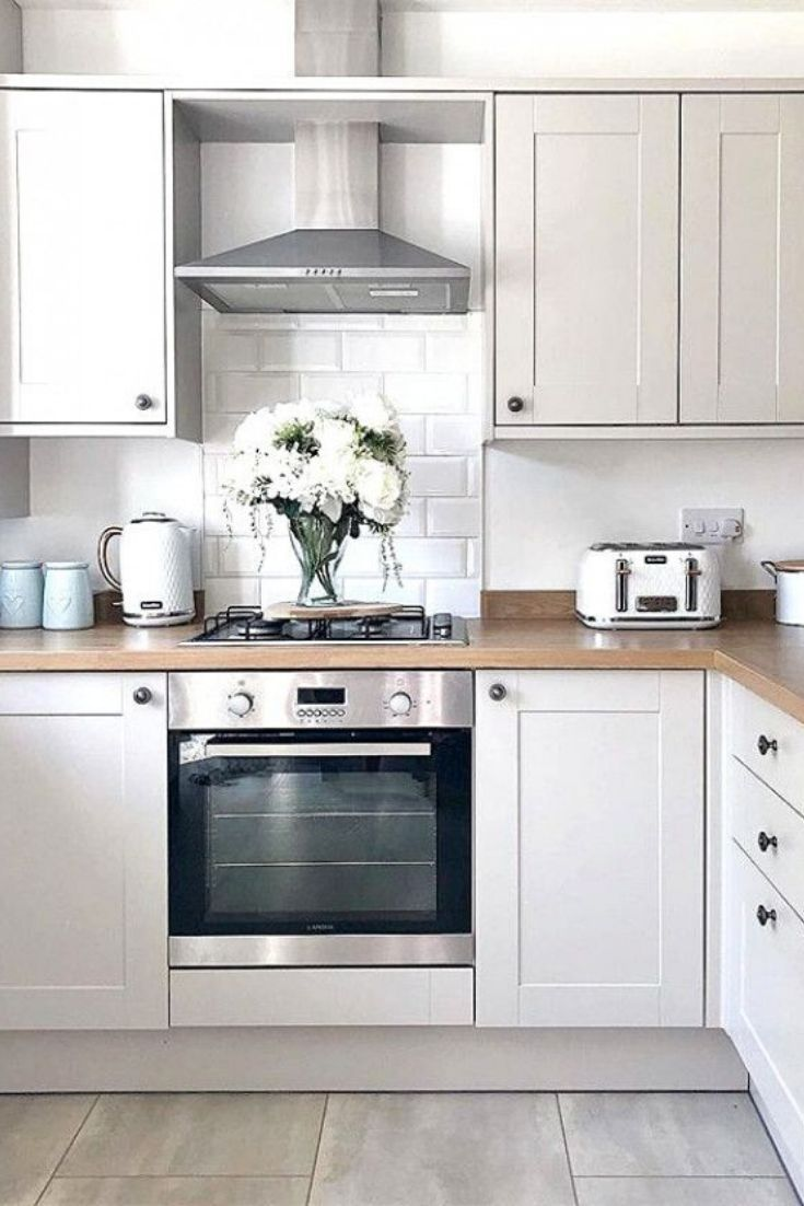 Kitchen Design For Small Space Minimalist And Country Kitchen Design In 2020 Modern Country Kitchens Country Kitchen Designs Country Kitchen