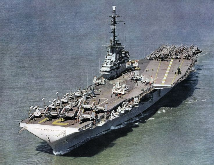 USS Bon Homme Richard (CVA-31) underway circa 1956