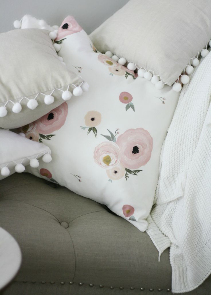 Old Rose Floral Pillow Cover