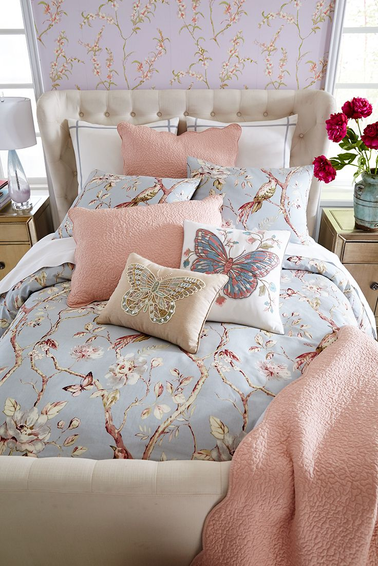 When you wrap yourself in Pier 1's Mockingbird Blue Duvet Cover, you might get the feeling you've been transported into an animated princess movie. Clear skies and fresh breezes just seem to follow when you add the matching shams and some butterfly pillows.
