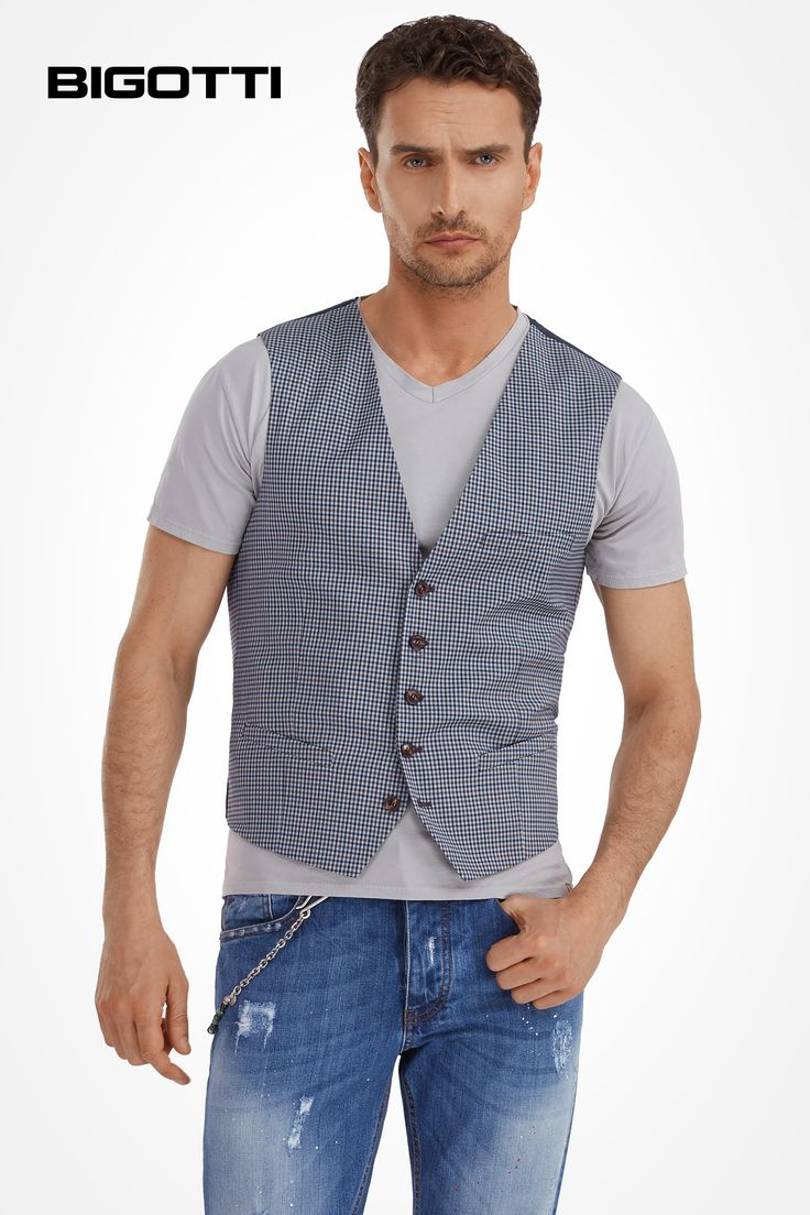 The #waistcoat - #make a #major #difference to your #everyday #outfits with the #tailored #pieces! www.bigotti.ro #Bigottiromania #moda #barbati #vesta #stofa #tinute #urbane #aspect #smart  #mensfashion #menswear #mensclothing #mensstyle #ootdmen #ootd #followus #styingtips #modern #cool #inspiration