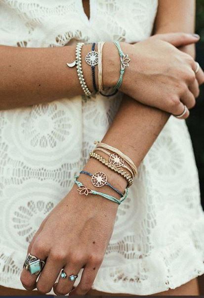 VIDA Charm Bracelet - fountain of gold by VIDA rjm2vlv