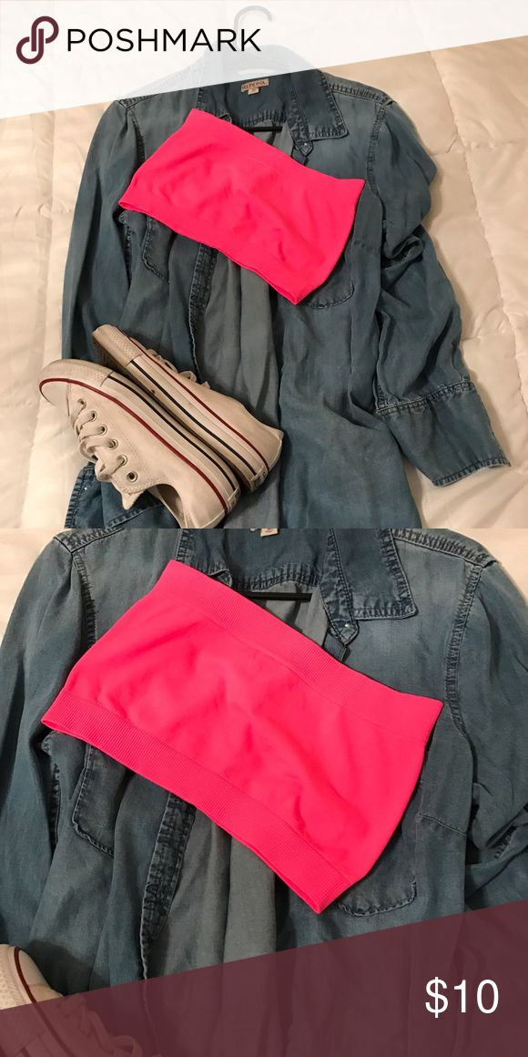 Ban-deau it HOTT Hot hot pink bandeau top! Never worn! Such a fun color for spring and summer! Wear it with an open top or solo to show off some midi. ANGL Tops Crop Tops
