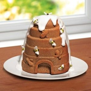 Bake a Honey Cake using the Bee Hive Silicone Cake Mould.