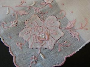 VINTAGE BRIDAL WEDDING HANDKERCHIEF LINEN PINK ROSE HAND EMBROIDERY MADEIRA  www.newyorkvintagelinens.com