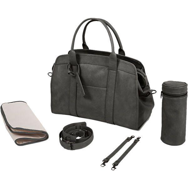 Diese moderne Wickeltasche mit Zubehör bietet genug Platz für die wichtigsten Utensilien, wenn Sie mit ihrem Baby unterwegs sind. Das Material ist pflegeleicht und mit einen Tuch abwischbar. Durch die trendige Farbe, kann man die Wickeltasche zu jedem Outfit tragen.<br /> <br /> Maße & Details:<br /> - 42 x 30 x 20 cm<br /> - inkl. Wickelkissen<br /> - inkl. isolierter Flaschenhalter<br /> - inkl. Clips zum Befestigen am Ki...