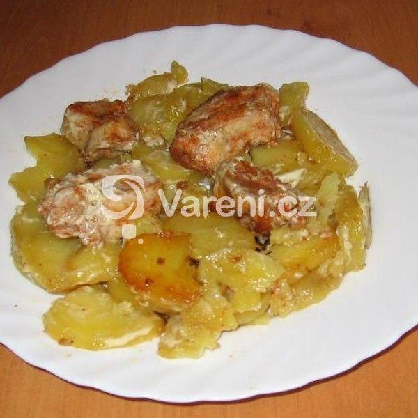 Recept na opékané brambory se šlehačkou aneb luxusní bramborová večeře.