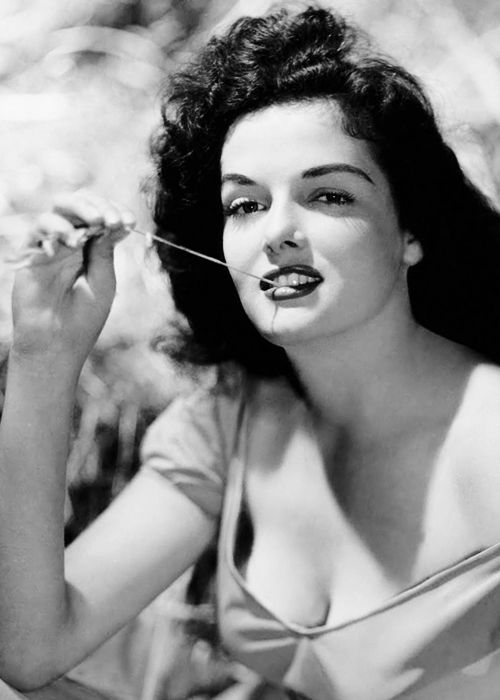 Jane Russell in a publicity photo for The Outlaw (1943)