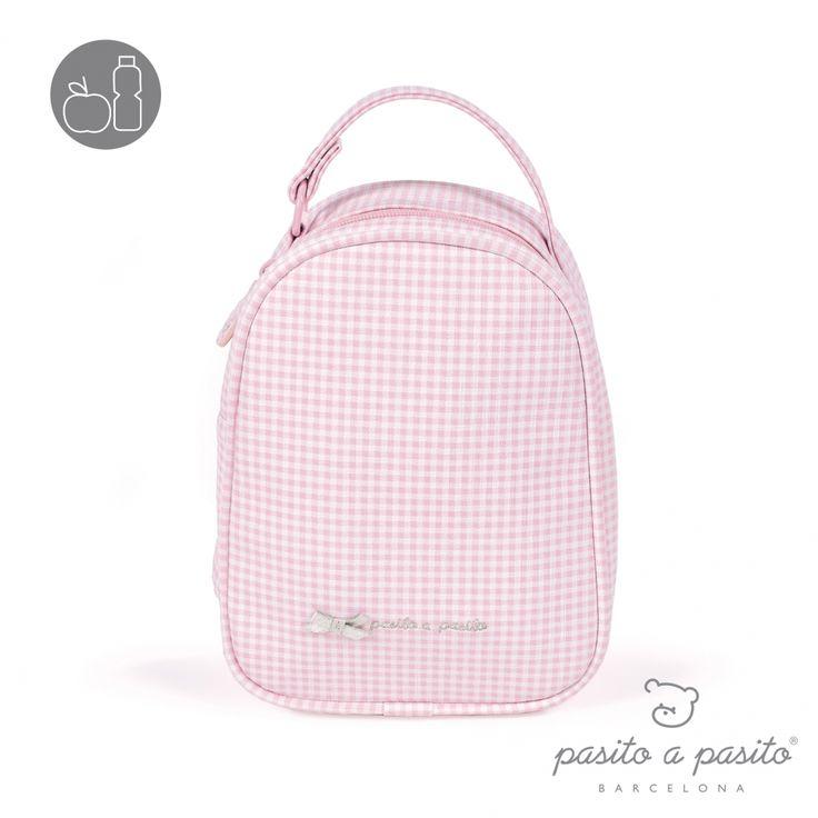 Roze met wit geruit lunchtasje van het Spaanse merk Pasito a Pasito.