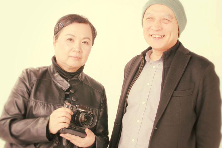 熊谷正の『美・日本写真』(2015/02/24更新)第30回 写真家 日野真理子さん①◇今夜の『美・日本写真』は、写真家の日野真理子さんをお迎えします。今回は、日野さんがカメラに初めて興味を持ったエピソードから桑沢デザイン研究所時代のお話をお聞きしました。またギャラリーに飾る写真は、『消えていく路地裏』をテーマにお話を伺いしました。東京の巣鴨の路地裏で撮影されたどこか懐かしい風景を切り取った作品をご紹介していただきました。どうぞ、お楽しみに!!