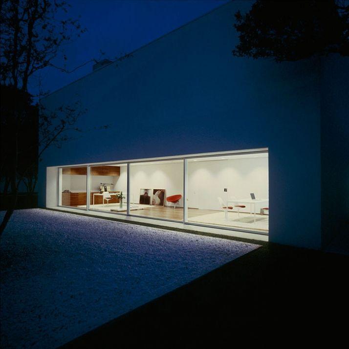 Gama Issa House by Marcio Kogan