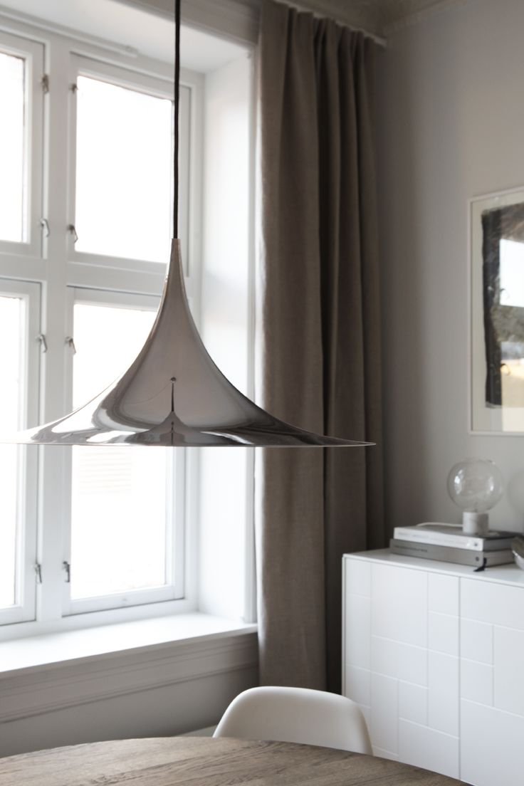 Gubi Semi lamp chrome, photo and styling by Elisabeth Heier