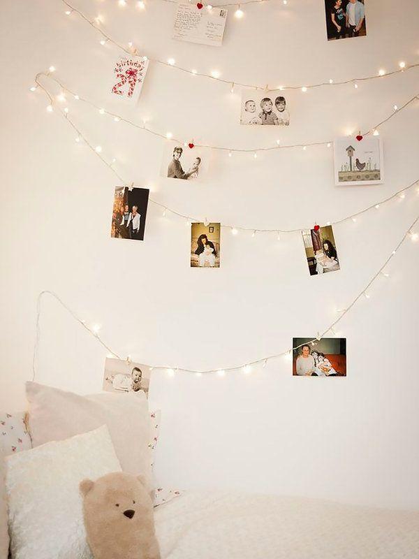 Decorar el dormitorio con guirnaldas de luces
