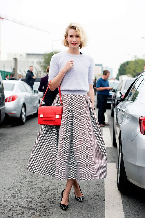 Full Skirt. Perfect outfit.