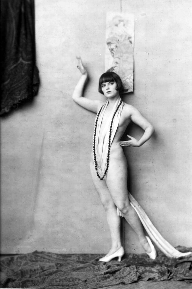 Louise Brooks by Alfred Cheney Johnston