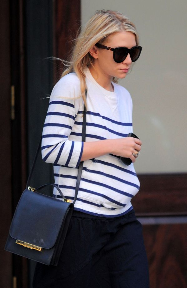 OLSENS ANONYMOUS ASHLEY OLSEN FASHION STYLE BLOG THE ROW TORT LEATHER SUNGLASSES STRIPE TOP SWEATER FRONT POCKETS THE ROW SHOULDER BAG CRINKLED BLACK MXI SKIRT RINGS NYC 2011 photo OLSENSANONYMOUSASHLEYOLSENFASHIONSTYLEBLOGTHEROWTORTLEATHERSUNGLASSESSTRIPETOPSWEATERFRONTPOCKETSTHEROWSHOULDERBAGCRINKLEDBLACKMXISKIRTR.png