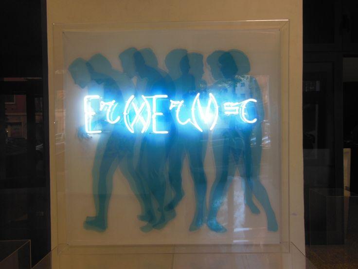 Vincenzo Ceccato - Indeterminazione - perspex e neon