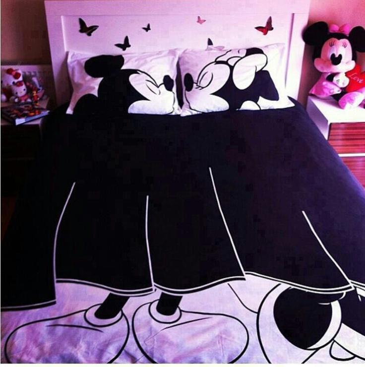 Edredon mickey y mimi cosas que adoro pinterest so cute for Mickey minnie kissing bedding