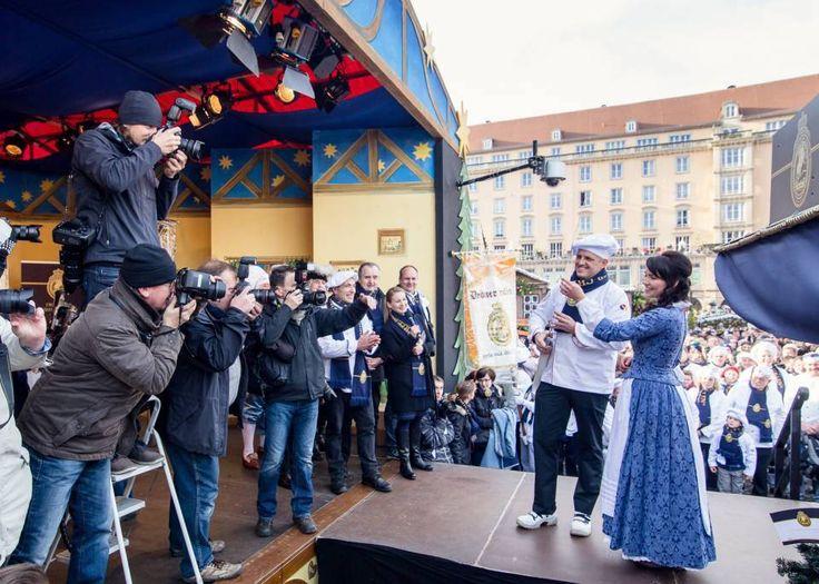 Bühne Dresdner Striezelmarkt, Sonderpodestkonstruktion Stollenfest