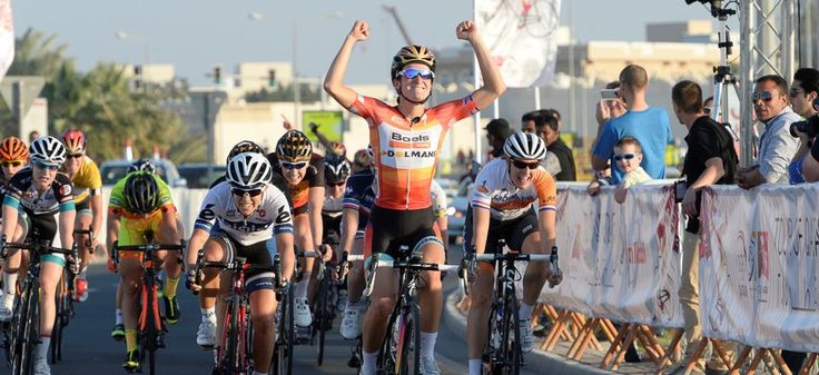 Lizzie Armitstead (Boels Dolmans) wins Stage 3 of Ladies Tour of Qatar 2015 and takes the leaders jersey.  #cycling #cyclinglocations #keepriding #womencycling