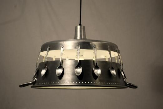 Very cool kitchen light, but I can't find it on the blog that it points back to. Please post a link if you find it!