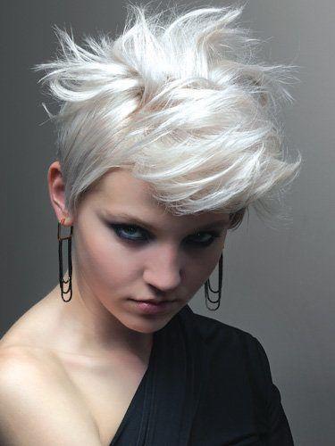 Mix van verschillende Blonde Kapsels - Korte Kapsels
