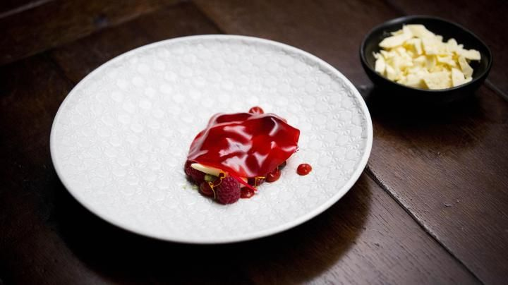 Ep 23 - Raspberry Vinegar, Goat?s Curd and White Chocolate