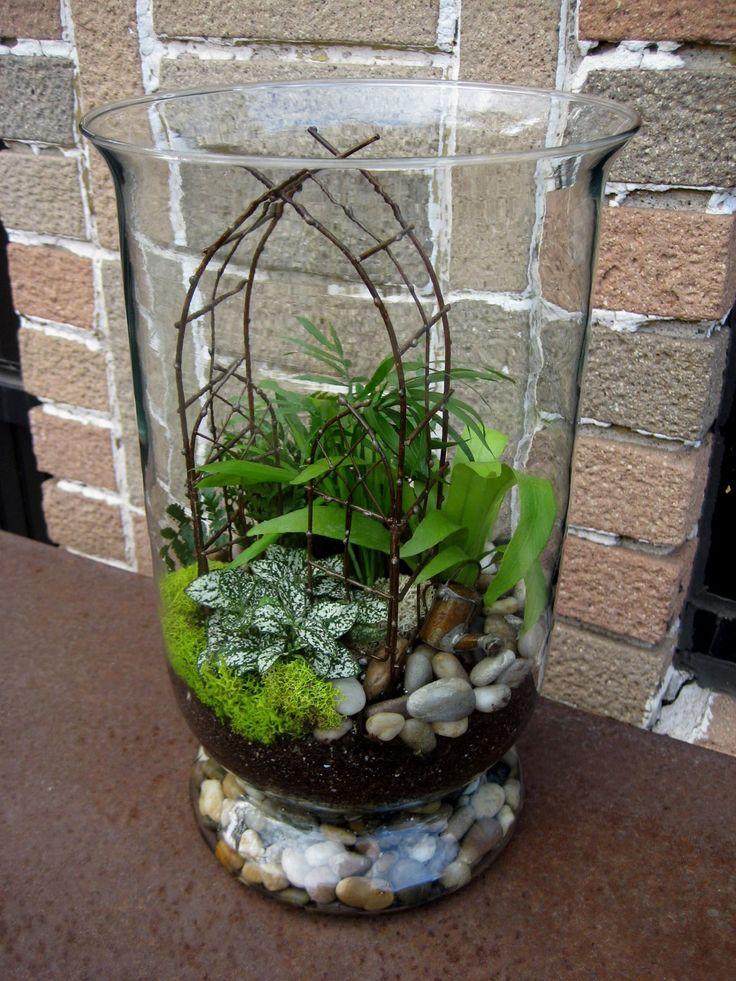 Best 25 indoor mini garden ideas on pinterest mini for Indoor mini garden ideas