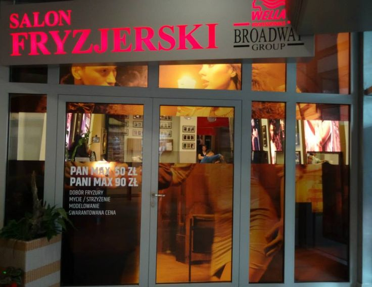 Broadway Fryzjer Sky Tower - salon po metamorfozie.  Jak Wam się podoba?  https://www.facebook.com/media/set/?set=a.738372362899138.1073741841.100001791444289&type=1