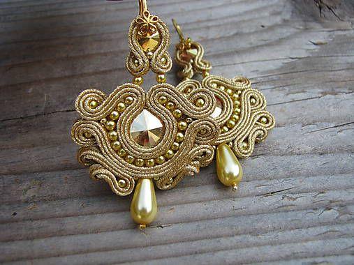 Ridgways / Light Gold/Crystal Metallic Sunshine...soutache