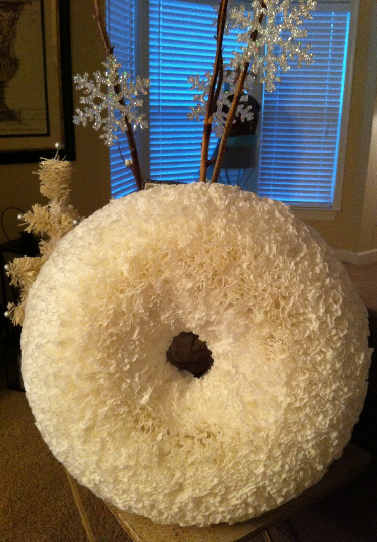 coffee filter wreath - I want to make it because it looks like a donut.