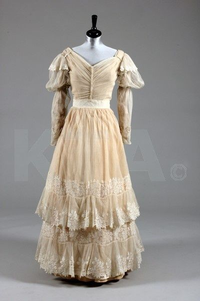 1830s wedding dress - Reminds me of Jane Eyre (the movie adaption w/ Ciaran Hinds - or however you spell his first name...)