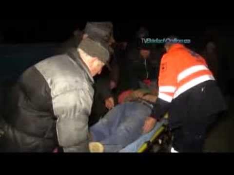 Abuzurile jandarmeriei la Pungesti 2 decembrie 2013  http://www.youtube.com/watch?v=iP6UG2yqhKc&feature=youtu.be