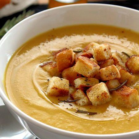 Come preparare Vellutata di ceci mela e curry vegan col Bimby della Vorwerk, impara a preparare deliziosi piatti con le nostre ricette bimby