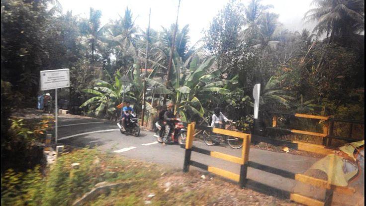 Perjalanan Kereta Api Kutojaya Selatan Part 2: Melihat keindahan alam Indonesia dari jendela kereta kutojaya selatan