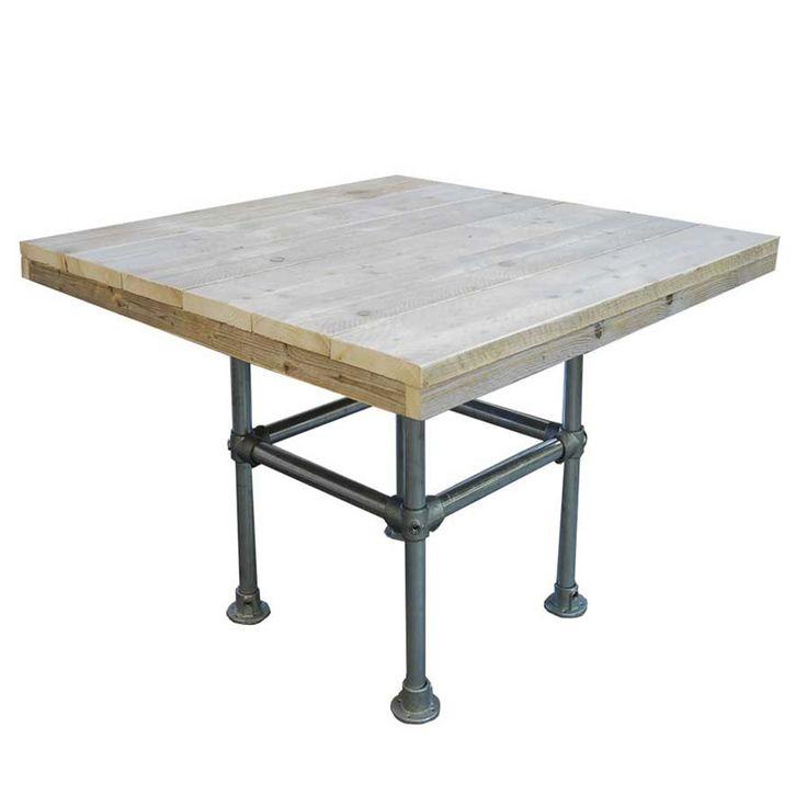 Steigerbuis tafel vierkant 140x140 = € 405,-. 2 tafels = € 810,-